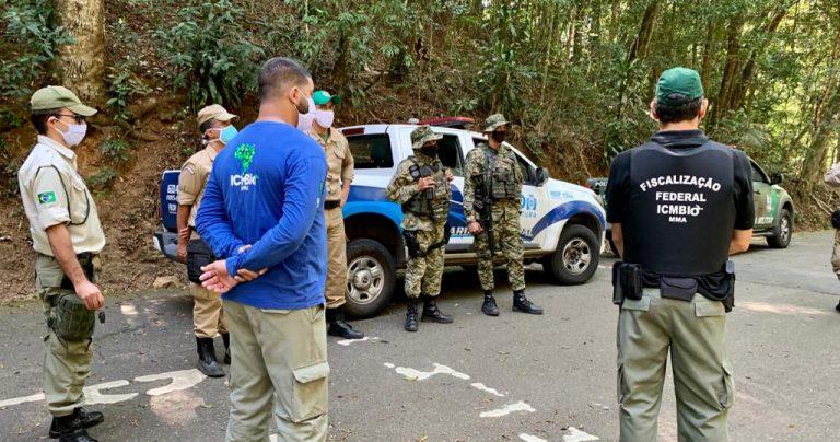imagem que mostra fiscalização do Parque junto com CPAm (polícia ambiental) e Guarda Municipal